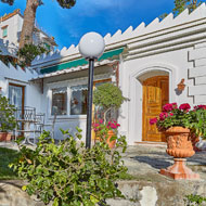 Luxury Villas in Capri